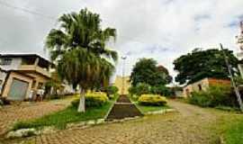 Santo Antônio do Glória - Santo Antônio do Glória-MG-Praça da Igreja de Santo Antônio-Foto:sgtrangel