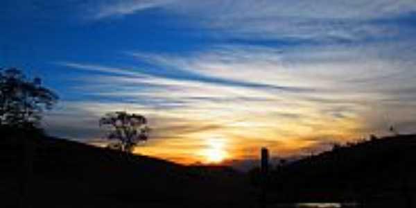 Santo Antônio do Glória-MG-Pôr do Sol-Foto:cleliojr