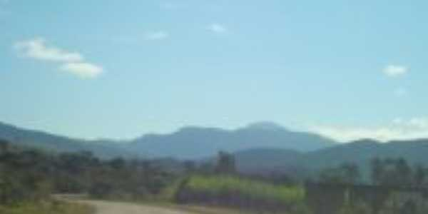 Pico do Itambé, Por Áurea Araújo