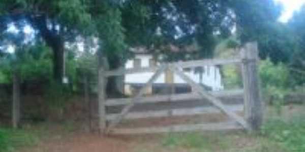Sitio, a simplicidade de Minas Gerais, Por Célio Nascimento.