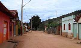 Santo Antônio do Mucuri - Santo Antônio do Mucuri-MG-Rua do Distrito-Foto:Júnior Gonçalves