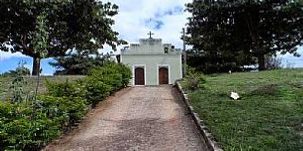 Santo Antônio do Mucuri-MG-Igreja de Santo Antônio-Foto:Júnior Gonçalves