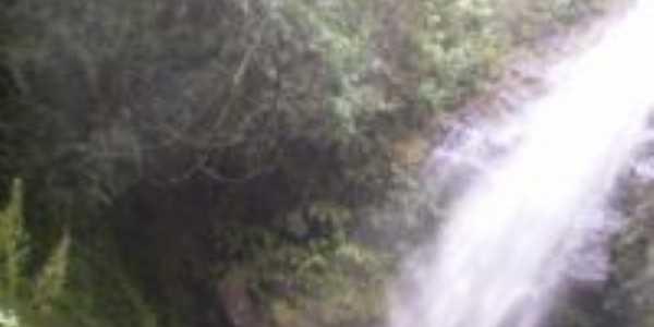 cachoeira de São Beartolomeu, Por claudia
