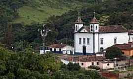 São Gonçalo do Rio Abaixo - Vista da igreja Matriz de São Gonçalo-Foto:Mauricio_veiga