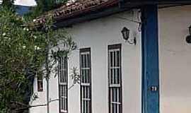 São Gonçalo do Rio Abaixo - Vista de uma casa antiga de São Gonçalo-Foto:Mauricio_veiga