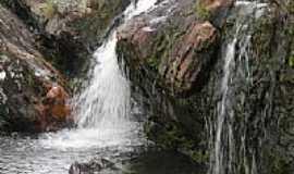 São Gonçalo do Rio das Pedras - Cachoeira do Comércio