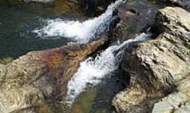 São João Batista do Glória - São João Batista do Glória-MG-Cachoeira do Quebra Anzol-Foto:Amauri Lima