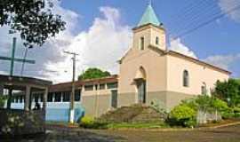 São João da Sapucaia - Praça e Igreja-Foto:Luís Carneiro