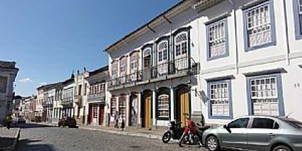S�o Jo�o Del Rei-MG-Rua Get�lio Vargas no Centro Hist�rico-Foto:Paulo Yuji Takarada