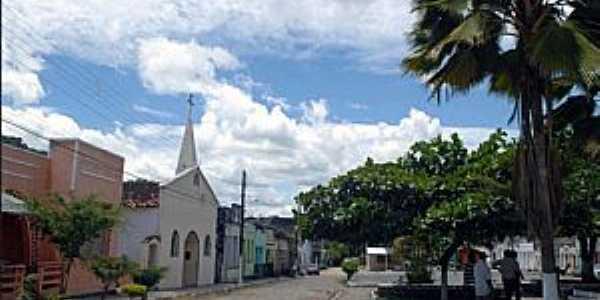 Banco Central-BA-Igreja e a praça central-Foto:nossailheus.org.br