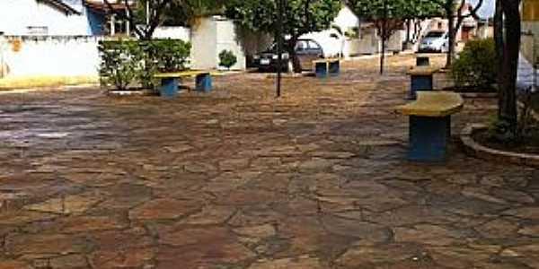 São João do Paraiso-MG-Praça da cidade-Foto:ney sjp