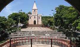 São Joaquim de Bicas - Praça da Matriz