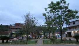 São José da Safira - praça cônego lafayete, Por DIAS GUERREIRO