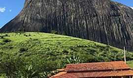 São José do Divino - Pedra Riscada São José do Divino-MG Localização: Vale do Rio Doce