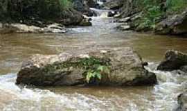 São José dos Lopes - Cachoeira Córrego da Barra em São José dos Lopes-3-Foto:Marcio Lucinda