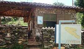 São Roque de Minas - São Roque de Minas-MG-Entrada do Parque Nacional da Serra da Canastra-Foto:Silvia Schumacher