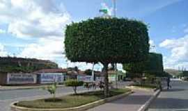 Banzaê - Avenida central em Banzaê-BA-Foto:Gláucio Almeida