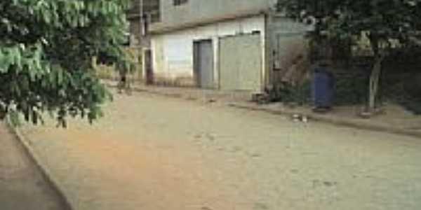 Rua Valadares em São Sebastião do Bugre-Foto:gilbertovs
