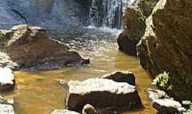 São Sebastião do Gil - Cachoeira em São Sebastião do Gil-MG-Foto:Alex vaz