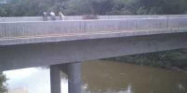 Nova Ponte, Por Adriana F.G.