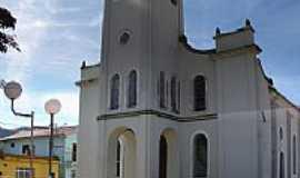 Sapucaí-Mirim - Igreja de Sapucai-Mirim foto  por basiliovideo
