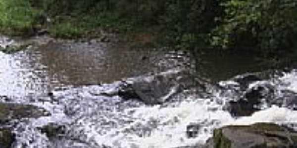 Cachoeira foto Glaucio Almeida