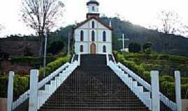 Sapucaia de Guanhães - Igreja de Sapucaia de Guanhães-Foto:Ângelo Alves Corrêa