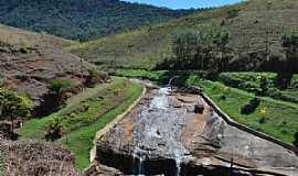 Sarandira - Sarandira-MG-Cachoeira de Sarandira-Foto:Marcia Valle