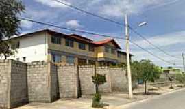 Sarzedo - Escola Municipal Antonio Pinheiro-Foto:R & M