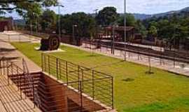 Sarzedo - Praça da Estação-Foto:montanha