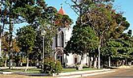 Serra do Salitre - Praça e Igreja de São Sebastião em Serra do Salitre-Foto:tarciso