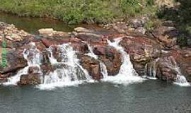 Serra do Salitre - Serra do Salitre-MG-Córrego da Cachoeira-Foto:guardiaodocerrado