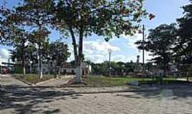 Serra dos Aimorés - Serra dos Aimorés-MG-Praça central-Foto:carlos roberto rocha santana