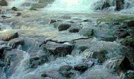 Serrania - Serrania-MG-Cachoeira da Mata-Foto:ViniciusCosta