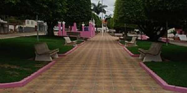Serrania-MG-Praça da Matriz-Foto:www.serrania.mg.gov.br