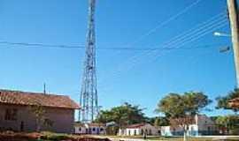 Simão Campos - Praça e torre de telefonia em Simão Campos-Foto:Simão Campos-Mg
