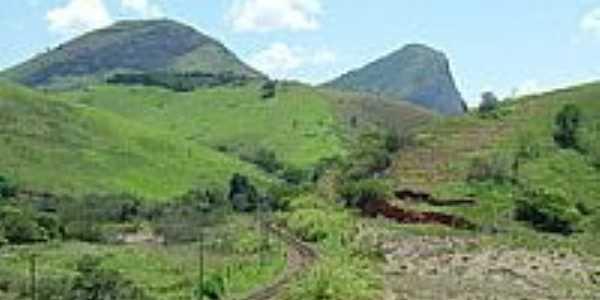 Ferrovia e montanhas em Simão Pereira-Foto:montanha