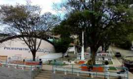 Simonésia - Praça D. Miquita, Por Caio