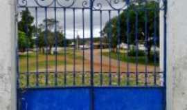 Sopa - Sopa-MG-Portão da Igreja-Foto:Gilson Cunha