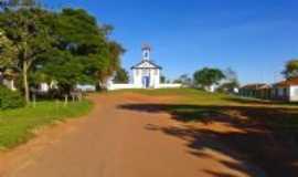 Sopa - Sopa-MG-Pra�a da Igreja-Foto:Gilson Cunha