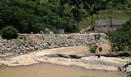 Tabajara - Casa de força e obras da PCH no Rio Manhuaçu em Tabajara-MG-Foto:Gustavo Sturzenecker…