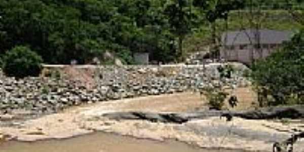 Casa de força e obras da PCH no Rio Manhuaçu em Tabajara-MG-Foto:Gustavo Sturzenecker…