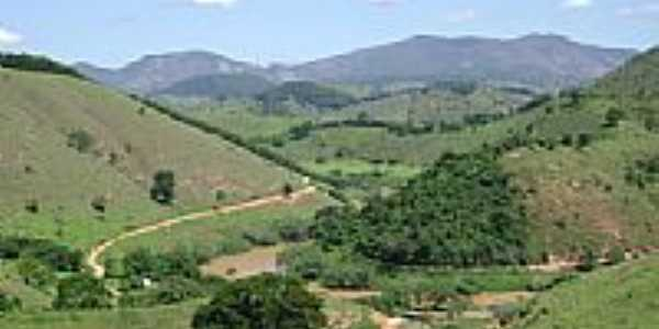 Rio Manhuaçu e a região de Tabajara-MG-Foto:Gustavo Sturzenecker…