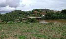Taba�na - Ponte sobre o Rio Manhua�u em Taba�na-Foto:Gustavo Sturzenecker�