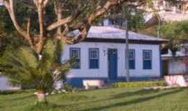 Tabuleiro - Casa localizada à Praça Cel João Floriano, Por CLÁUDIO NETTO