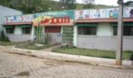 Tabuleiro - Escola Municipal Jo�o XXIII, Por CL�UDIO NETTO