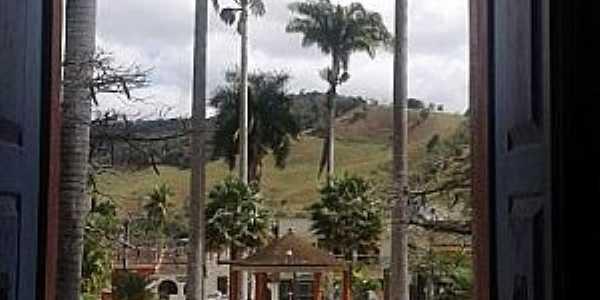 Praça de Tabuleiro, Por maria izabel xavier