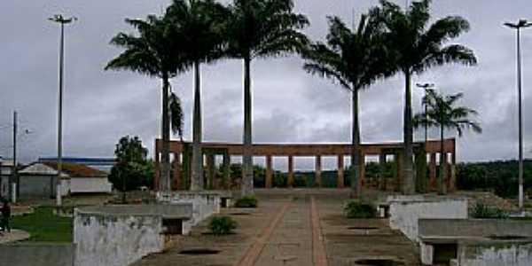 Taiobeiras-MG-Belas Praças-Foto:JOTALU