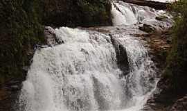 Tapira - Cachoeira das Lages - Foto Tapira Teen