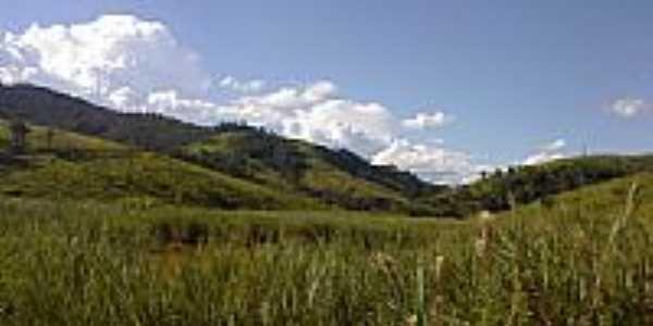Vegetação e montanhas na região de Tapiraí-MG-Foto:valdicarvalho